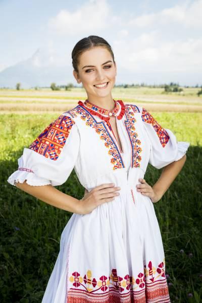Zuzana Mahútová Miss Folklór týždenníka Slovenka